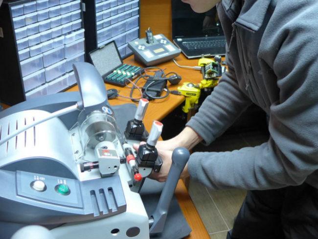 В каких случаях необходимо делать ремонт ключей?