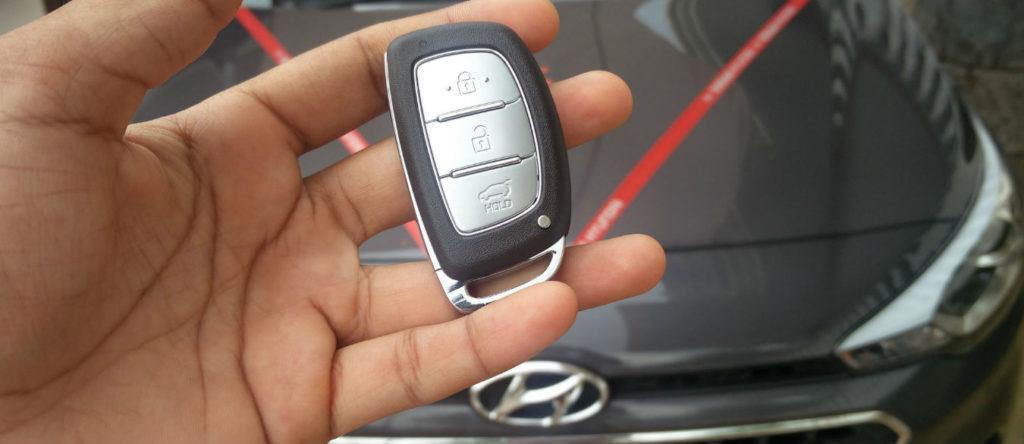 Смарт ключ для автомобилей