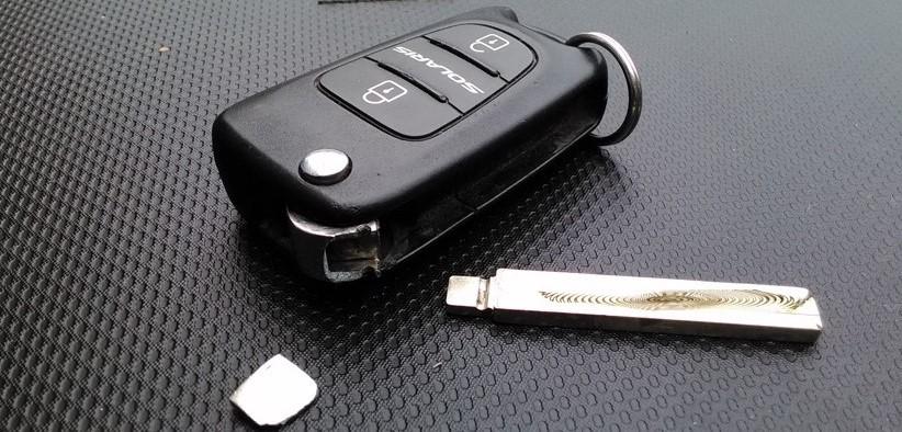 Замена жала выкидного ключа